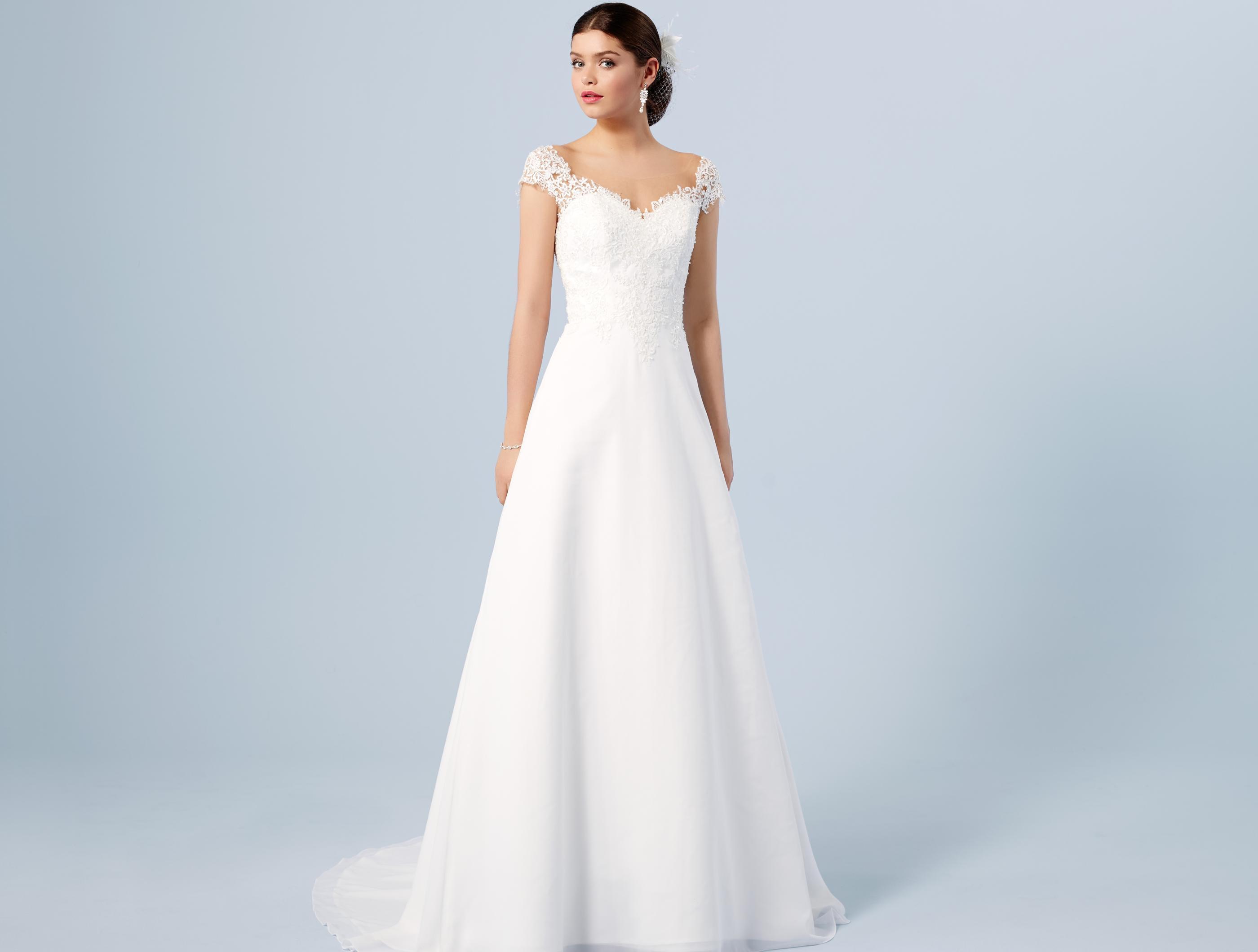 497e8a36e7c5 Brudklänning